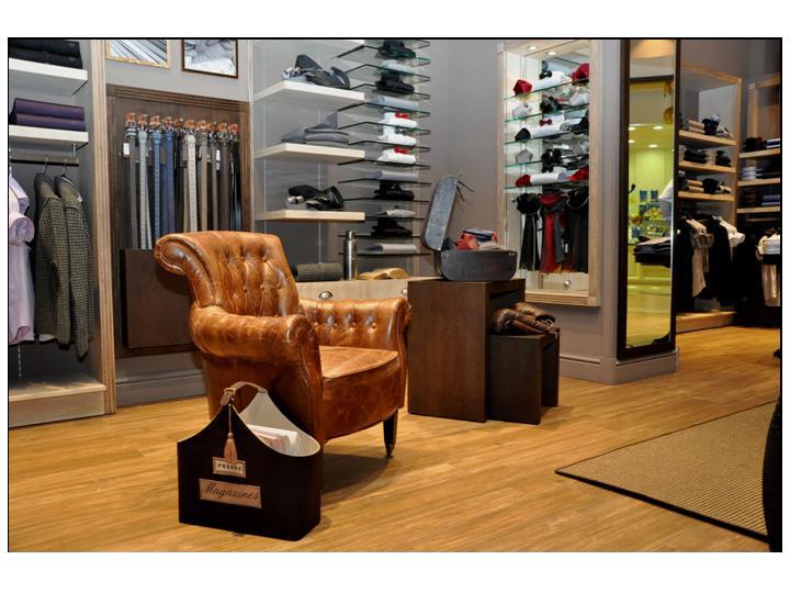 Arredamenti per negozi arredamento su misura per negozi for Negozi arredamento rimini